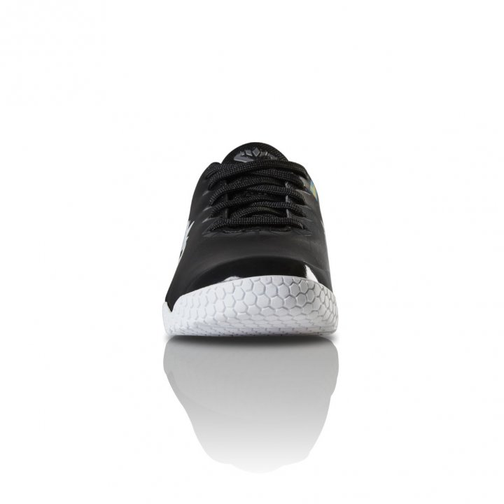 Salming Spark Shoe Kid Black/White 2,5 UK - 35 EUR - 22,5 cm